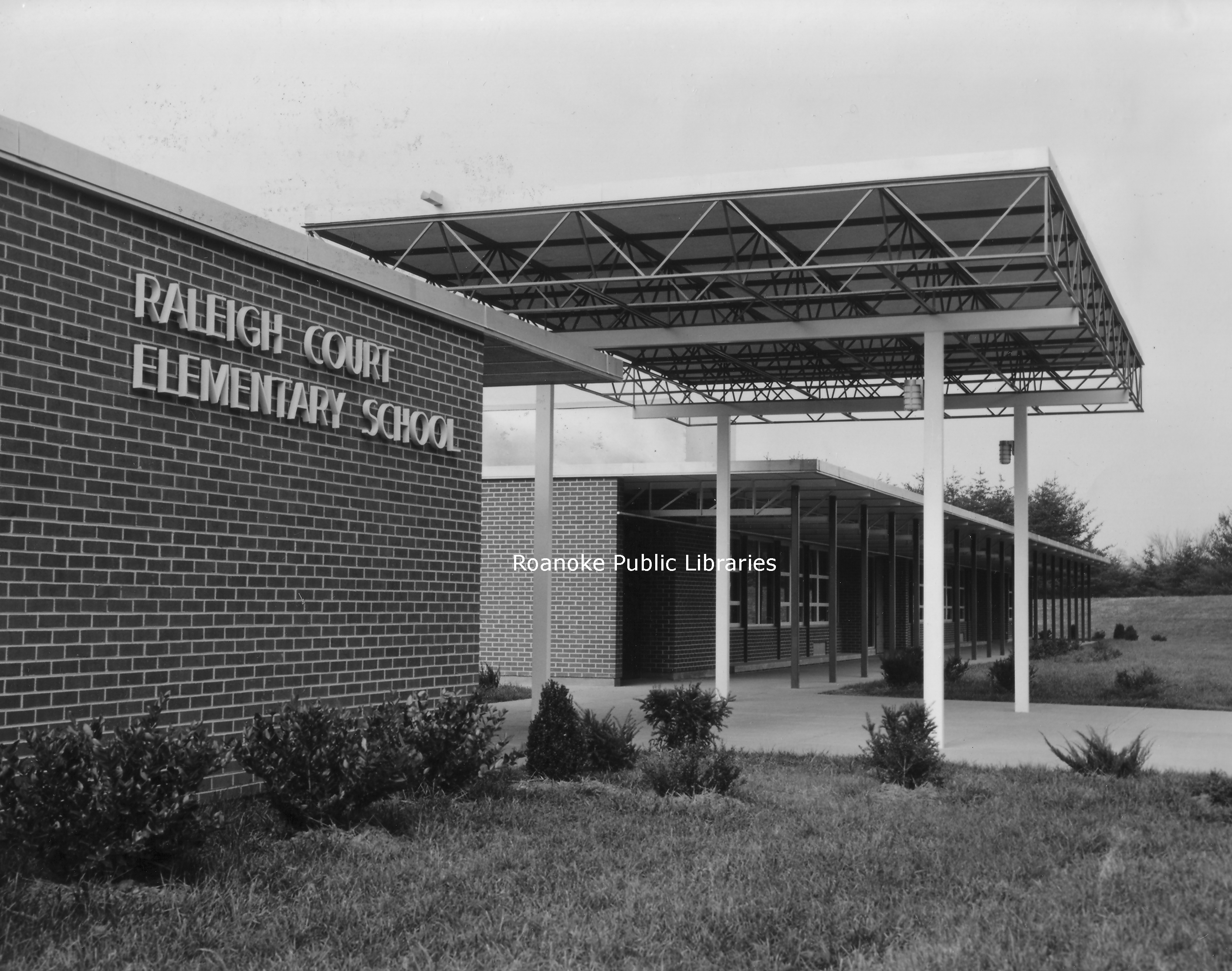 RC28 Raleigh Court Elementary.jpg