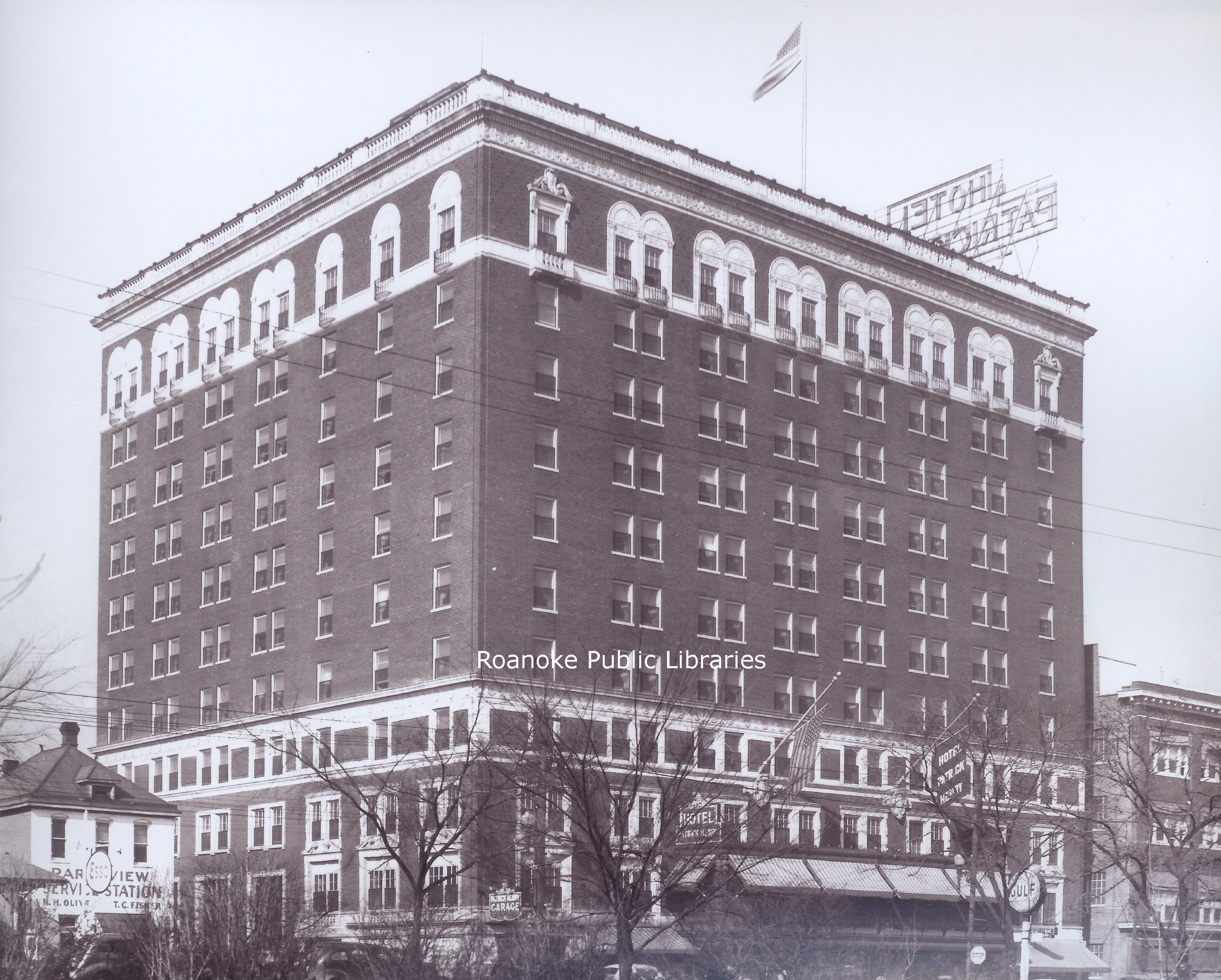 FE050 Patrick Henry Hotel.jpg