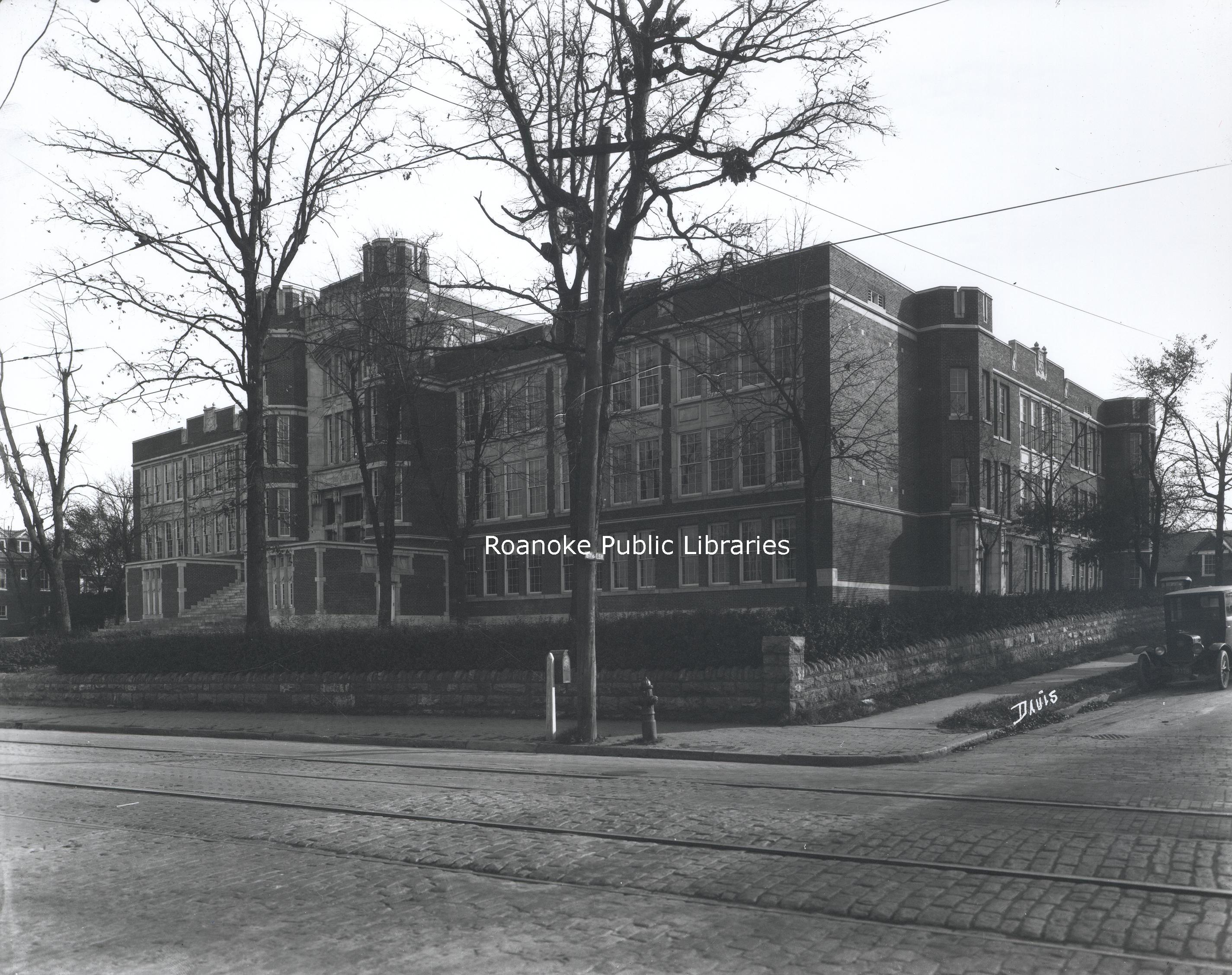 FE073 Jefferson High School.jpg