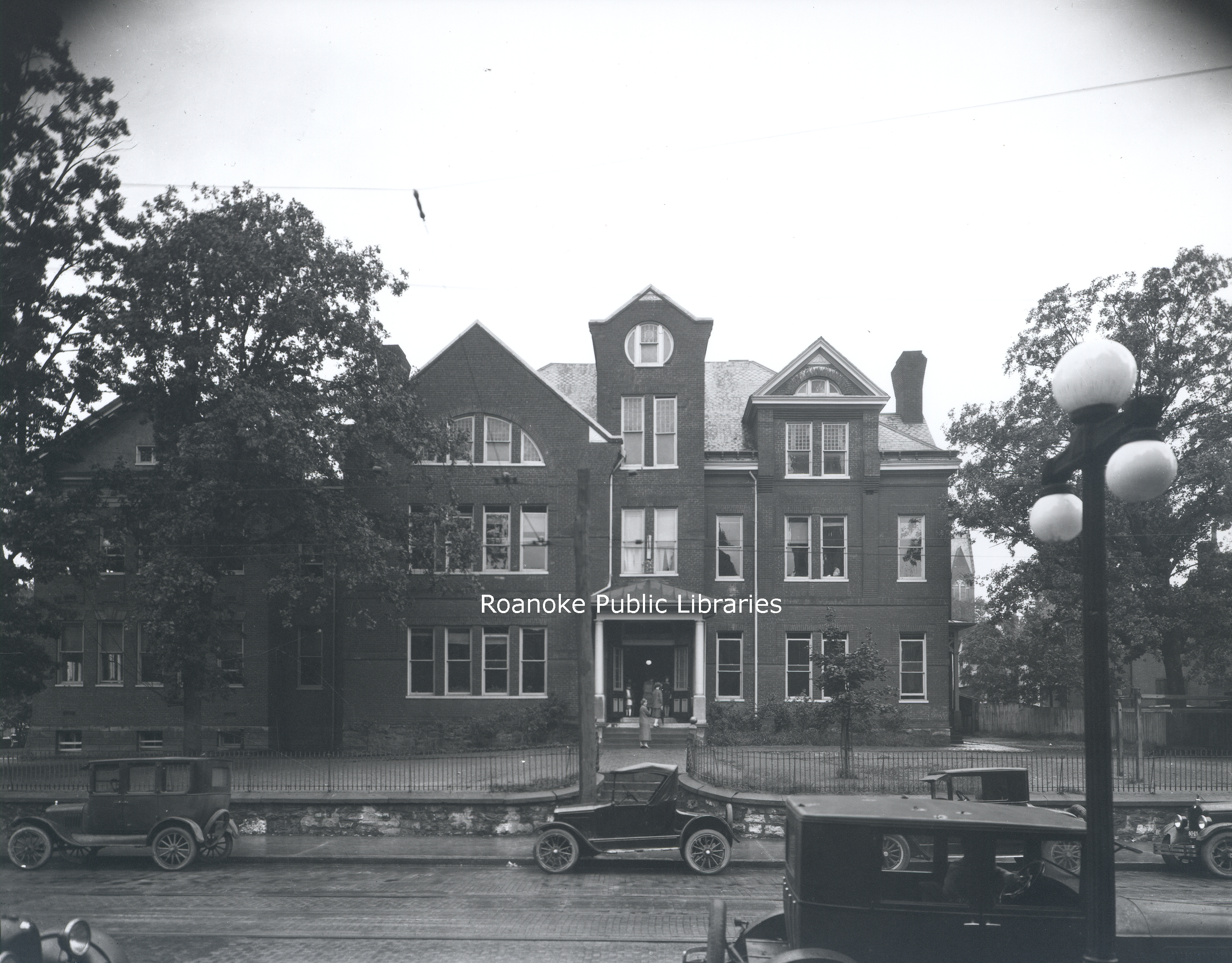 FE124 Commerce Street School.jpg