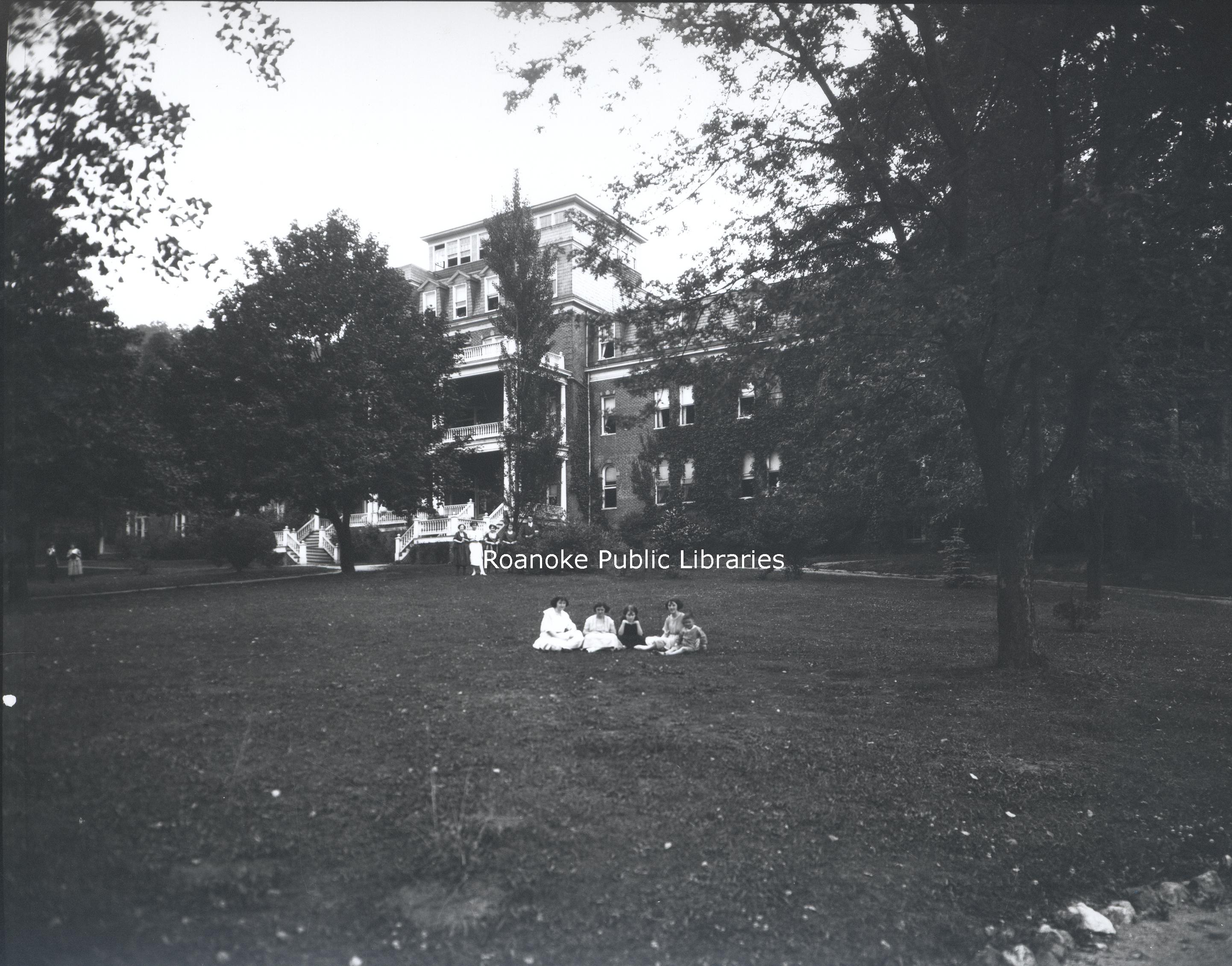 FE203 Virginia College.jpg