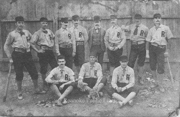 Davis 57.21 Roanoke Baseball Team.jpg