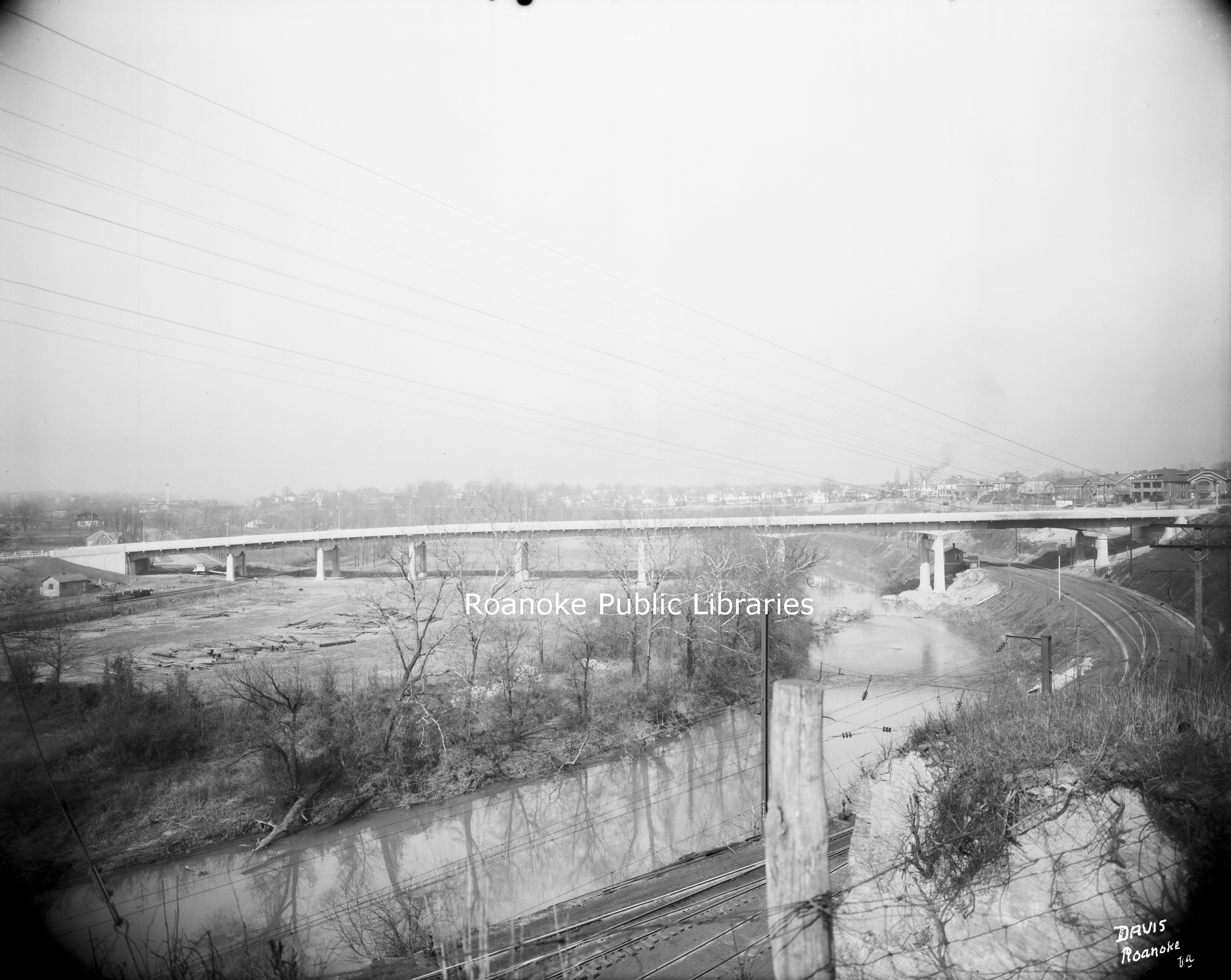 Davis 66.213 Wasena Bridge.jpg
