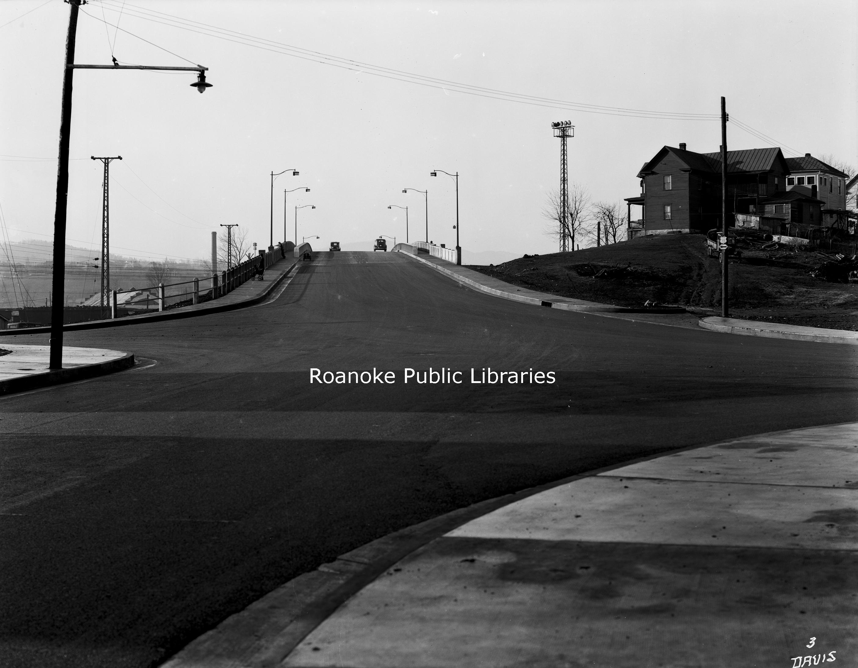 Davis 66.821 Franklin Road Bridge.jpg