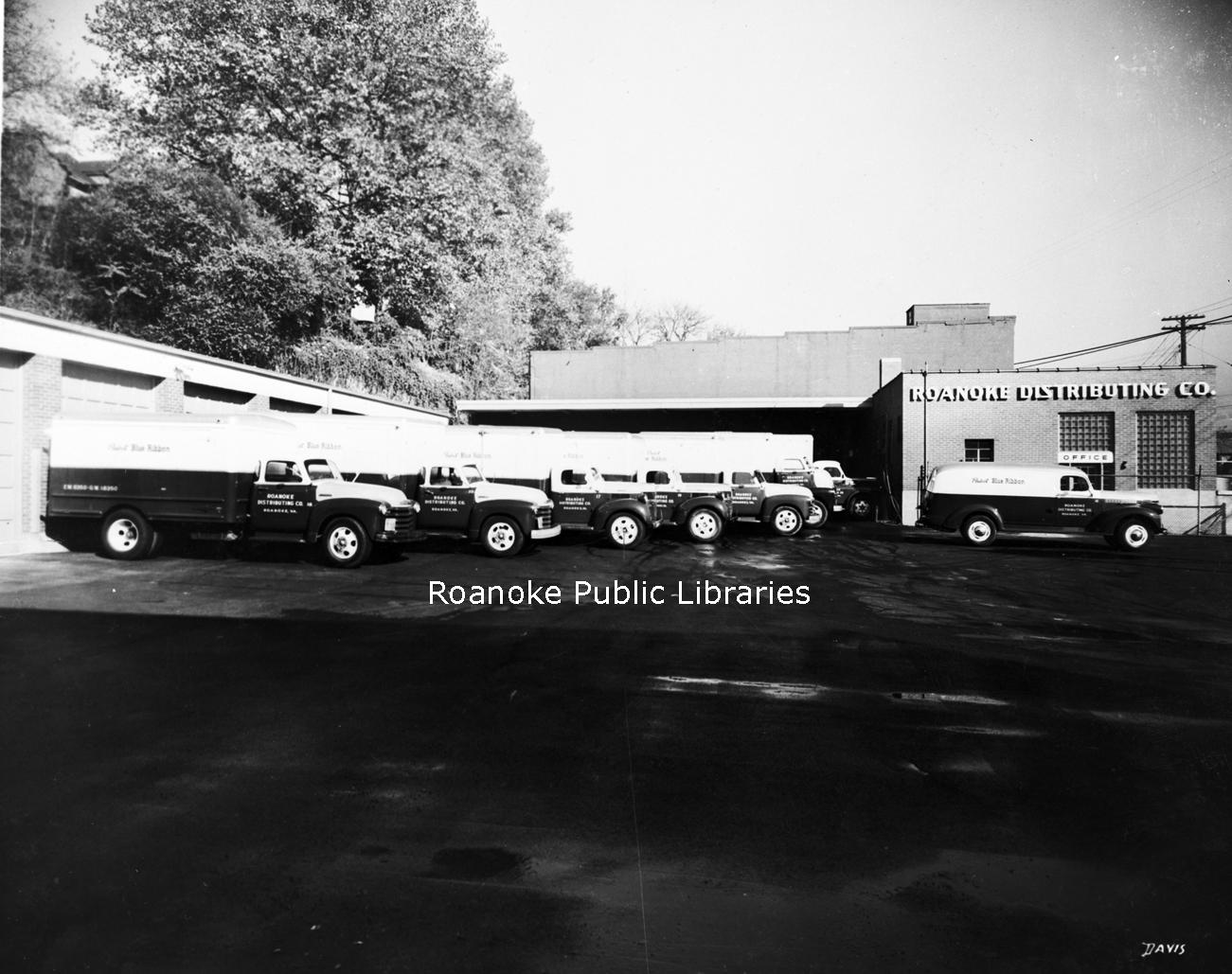 Davis2 48.2 Roanoke Distributing Company.jpg
