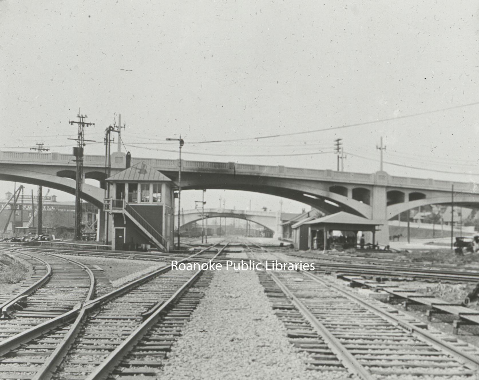 Davis GL 237 Walnut Avenue Bridge.jpg