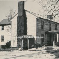 IRB 52 Gish House