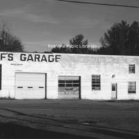 BM 320 Poffs Garage