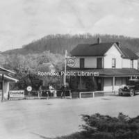 BM 190 Holt's Store
