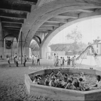 Davis 1.8 Memorial Bridge Playground