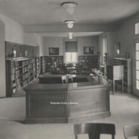 Davis 15.22 Main Library Interior