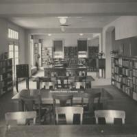 Davis 15.221 Main Library Interior