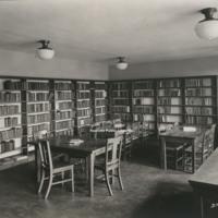 Davis 15.621 Melrose Branch Library