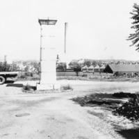 Davis 4.11-2 Mayor's Monument