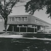 Davis 43.81 Professional Building