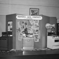Davis2 106a Roanoke Gas Display