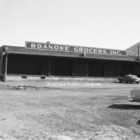 Davis2 48.3 Roanoke Grocers