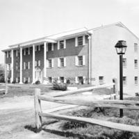Davis2 19.9c Briarwood Apartments