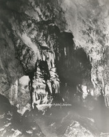 Davis 68.215 Dixie Caverns.jpg