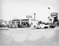 Davis 46.334 Bower Esso.jpg