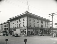 Davis 16.9 Shenandoah Hotel.jpg