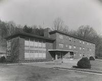 Davis 14.81 Nurses' Building.jpg