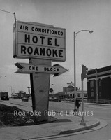 Davis 16.210 Hotel Roanoke Sign.jpg