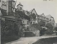 Davis 16.263 Hotel Roanoke.jpg