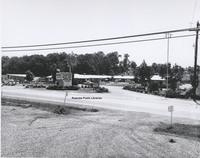 Davis 16.77 Roanoker Motor Lodge.jpg
