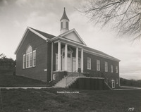 Davis 27.31 Roanoke Church of Christ.jpg