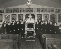 Davis 27c Holy Trinity Parishioners.jpg
