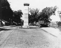 Davis 4.11-3 Mayors Monument.jpg