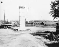 Davis 4.11-2 Mayors Monument.jpg