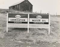 Davis 46.3 Esso Sign.jpg