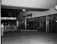 Davis2 49.124h Crossroads Mall.jpg